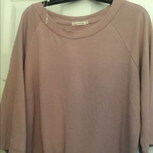 Heart and hips pink top knot front size medium